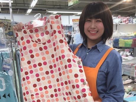 週3~、1日4.5h!扶養内勤務大歓迎!衣料品店での販売・レジのお仕事です。